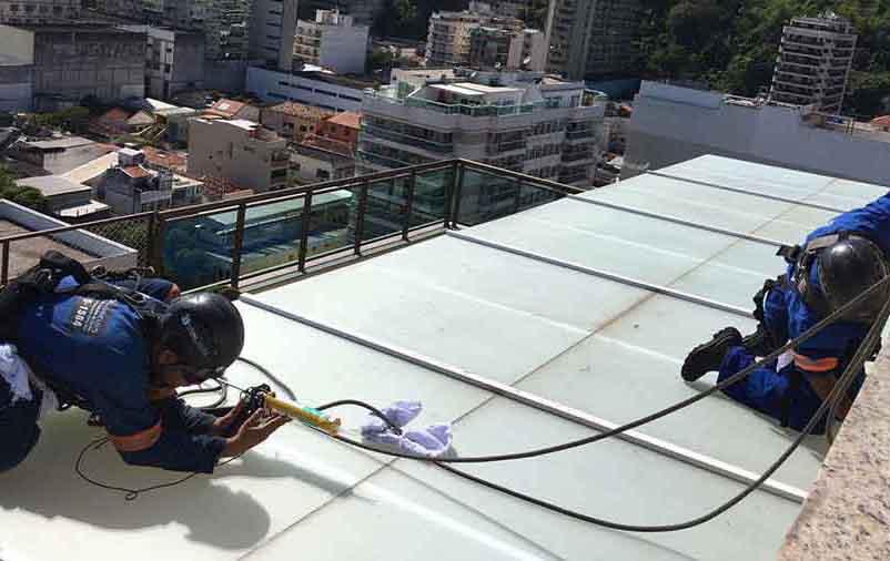 serviços em telhados